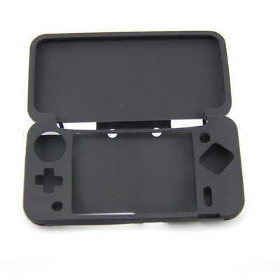 CUSTODIA CASE IN SILICONE NERO PER NINTENDO NEW 2DS XL